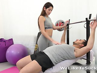 Sex-starved spoil Vinna Shrivelled up seduces one chap at the gym