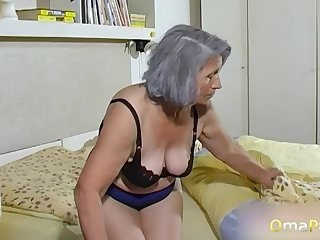 OmaPasS Mediocre Grandmas Toying Hairy Pussies