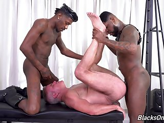 Hottest interracial gay anal bang with Glen Savage, Deepdicc and Mr. Cali