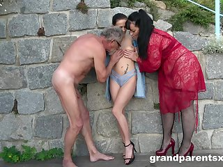 Old couple's chap-fallen open-air trio fun with brunette babe