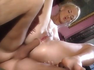 Sex Online - Claudia Jackson And David Perry