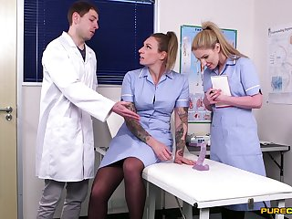 Ava Austen and Georgie Lyall are the crush nurses you tochis get