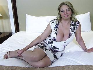 Big ass and bowels blonde MILF