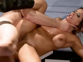 Bonny dusky mom Francesca Le in amazing lesbian porn video