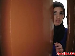 Arabian amateur beauty pounded for cash