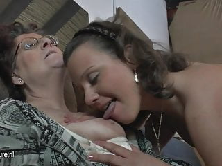Natural amateur 3 old and young lesbians fuck each other