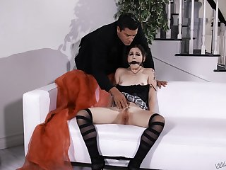 Submissive goth babe Rosalyn Sphinx ball gagged and fed cum in mouth