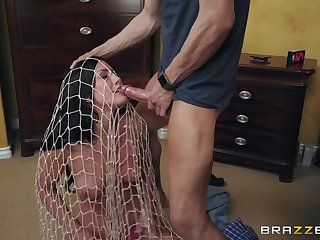 flexible and attractive Jennifer White gets her cunt pounded