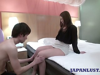 Sexy Japanese chick Ayumi Mukojima gets her pussy fucked and creampied