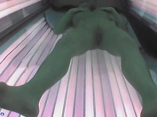 Voyeur webcam nude girl in solarium part2