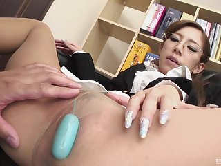 There is nothing fix be advantageous to Ramu Nagatsuki than a blowjob in the office