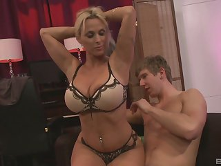 Busty milf Holly Halston ramming a obese friend's penis after a blowjob