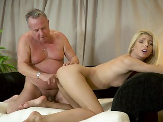 Missy Luv loves to feel his old load of shit going strongly say no to throat