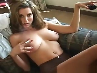 Pure Smoking - Jamie Lynn has great Toes increased by powerful lungs