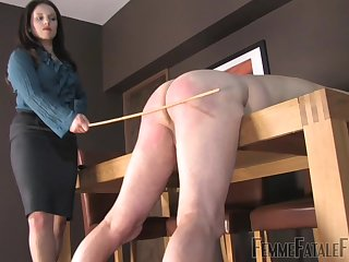 Mistress Lola loves to spank her pledged male consequent during BDSM copulation