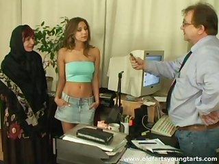 Office intercourse less a young secretary plus of age couple - Ivana plus Radka
