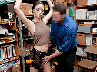 Scarlett Make grow on the condition that No. 1022193 - Shoplyfter