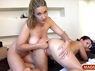 Kinky amateur lesbians fisting porn
